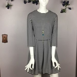 GAP Dress Navy Ivory Size 6